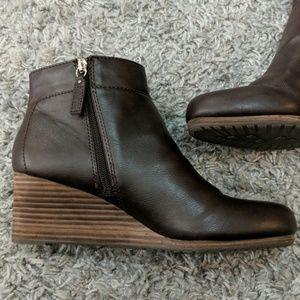 e74eb6fc1ee5 Dr. Scholl s Shoes - Dr. Scholl s Brown DAINA Wedge Booties